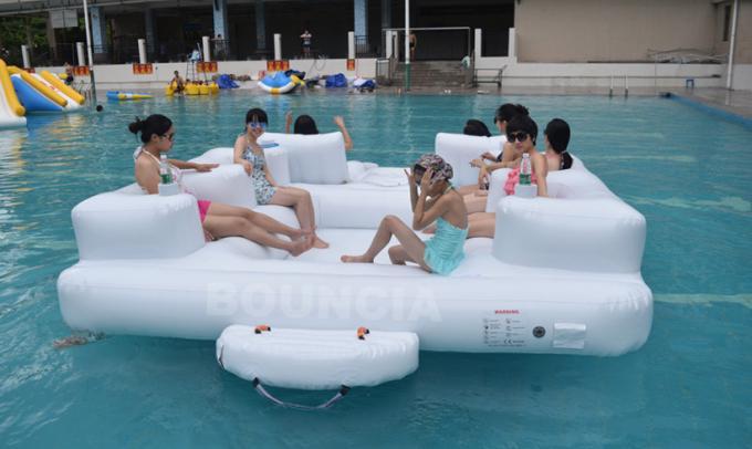 jeux gonflables de sport aquatique de piscine de bouncia pour des adultes et des enfants. Black Bedroom Furniture Sets. Home Design Ideas