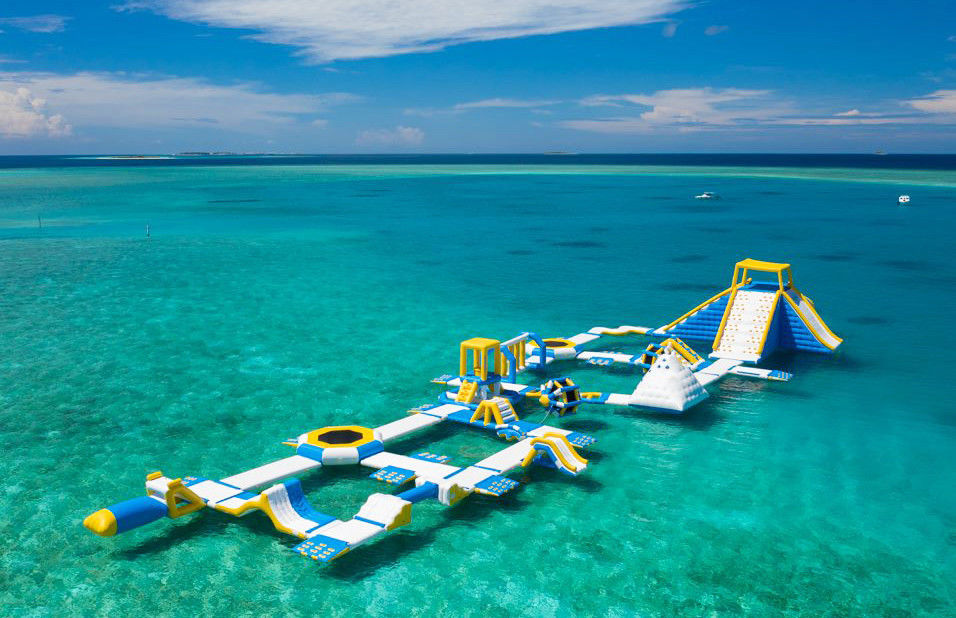 Maldives 125 People Inflatable Water Park For Resort Dimensions 82m*35m